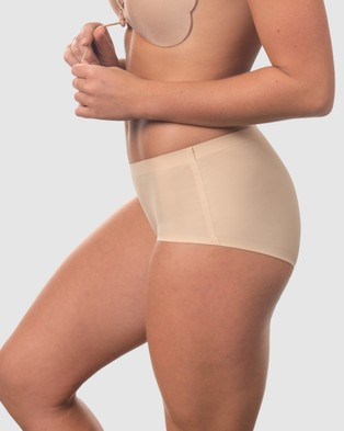 B Free Intimate Apparel Naked Feel Brief   3 Pack - Thongs & G-Strings (Nude)