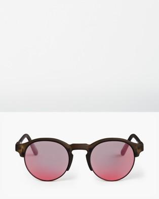Roxy Womens Minoaka Sunglasses - Sunglasses (MATTE CRYSTAL SMOKE/)