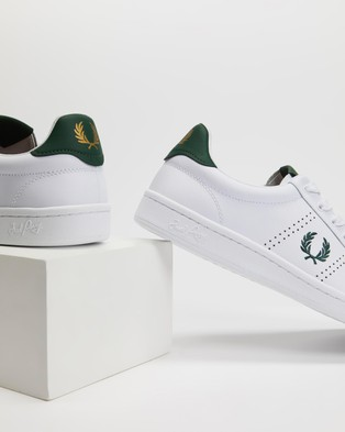 Fred Perry B721 Leather - Sneakers (White & Ivy)