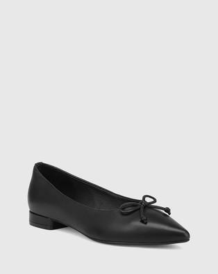 Wittner Marcek Leather Pointed Toe Flats - Flats (Black)