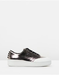 McQ by Alexander McQueen - Netil Eyelet Low Sneakers