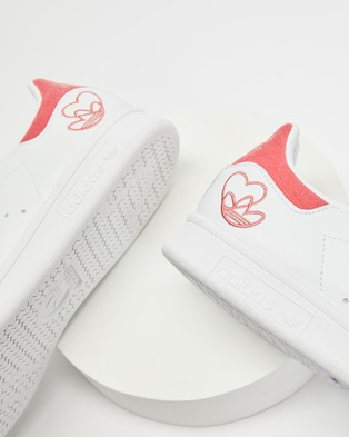 adidas Originals Stan Smith   Women's - Lifestyle Sneakers (White, Hazy Rose and Gold Metallic)