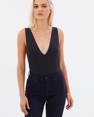 A Brand – A Queen Bodysuit – Tops (Black)