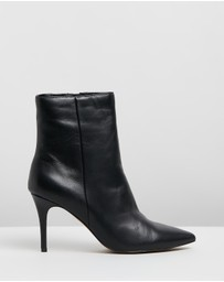 Atmos&Here - Bailey Leather Ankle Boots