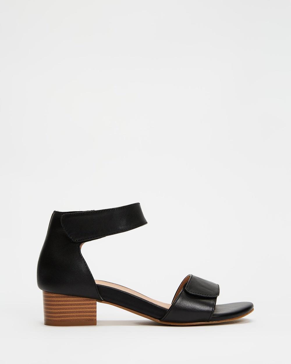 Mia Vita Kim Dress Heels Sandals Black