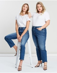 Good American - Good Curve Straight Denim Jeans