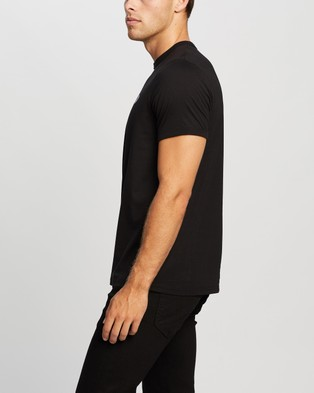 Fred Perry Ringer T Shirt - T-Shirts & Singlets (102 Black)