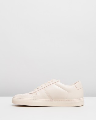 Common Projects Bball Low Leather   Women's - Sneakers (Nude)