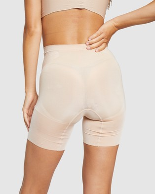 Spanx OnCore Mid Thigh Shorts - Lingerie (Nude)
