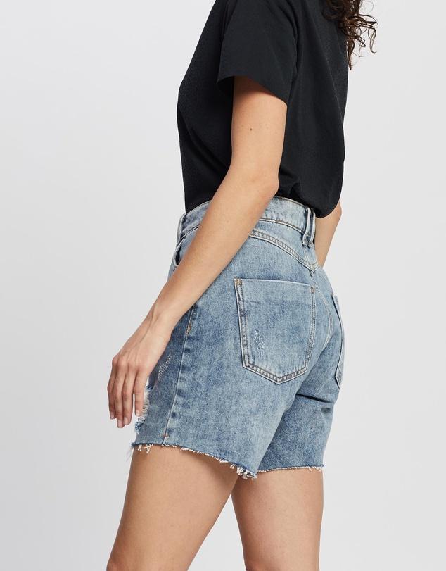 Women 90s Fade Out High Shorts
