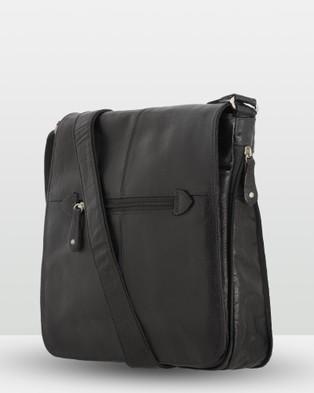 Cobb & Co Alex Leather Satchel Large - Tech Accessories (Black)