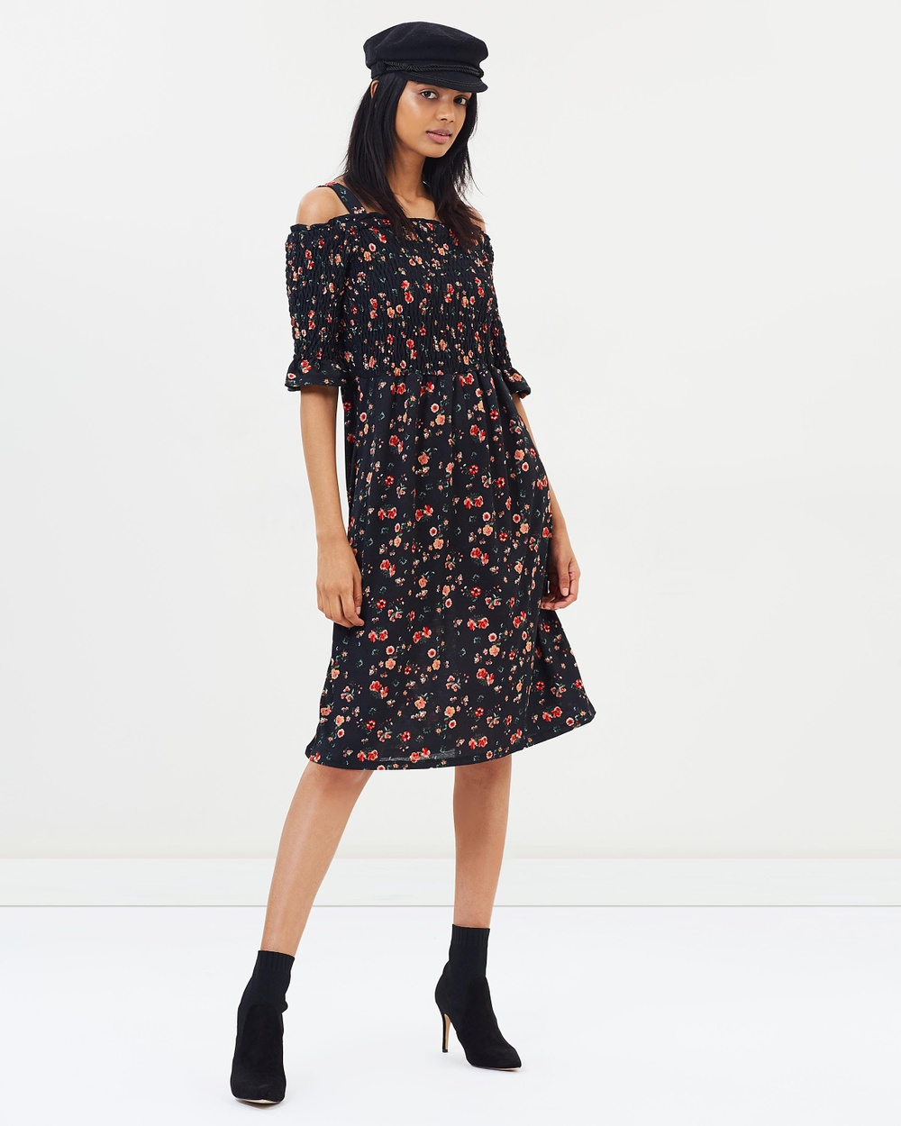 Dorothy Perkins Shirred Floral Midi Dress Printed Dresses Black Shirred Floral Midi Dress