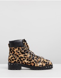 TOPSHOP - Animal Hiker Boots