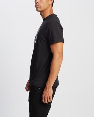 Helly Hansen Helly Hansen Logo T Shirt - Shirts & Polos (Black)