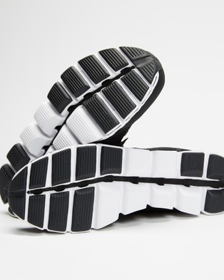 On Running Cloud   Men's - Performance Shoes (Black & White)