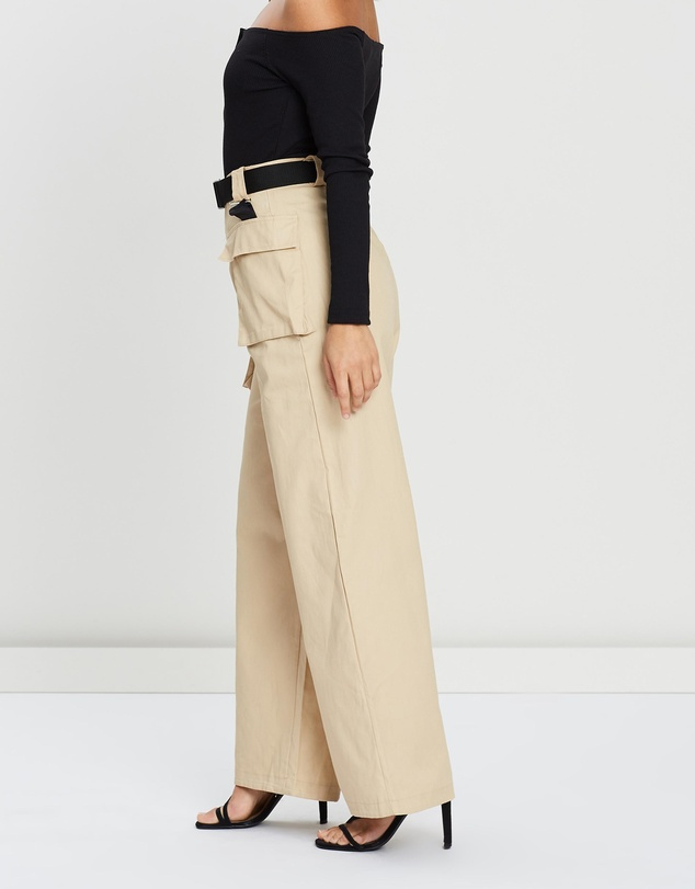 Missguided Petite - Utility Seatbelt Cargo Trousers