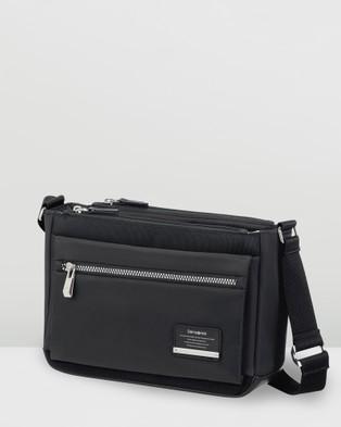 Samsonite Open Road Chic Horizontal Shoulder Bag - Handbags (Black)