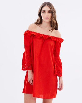 Vero Moda – Felicity Off Shoulder Dress Fiery Red
