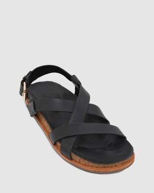 Urge Cassis - Sandals (Black)