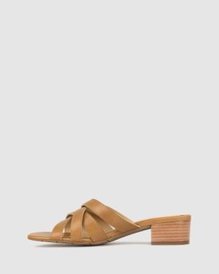 Airflex Jangle Leather Mules - Sandals (Tan)