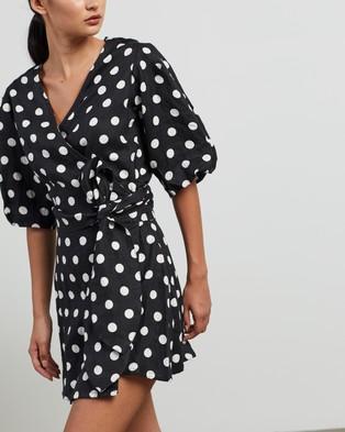 Faithfull The Brand Godiva Wrap Dress - Printed Dresses (Black Emelda Dot Print)
