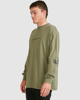 Quiksilver Mens Black Out Long Sleeve T Shirt - Long Sleeve T-Shirts (Four Leaf Clover)