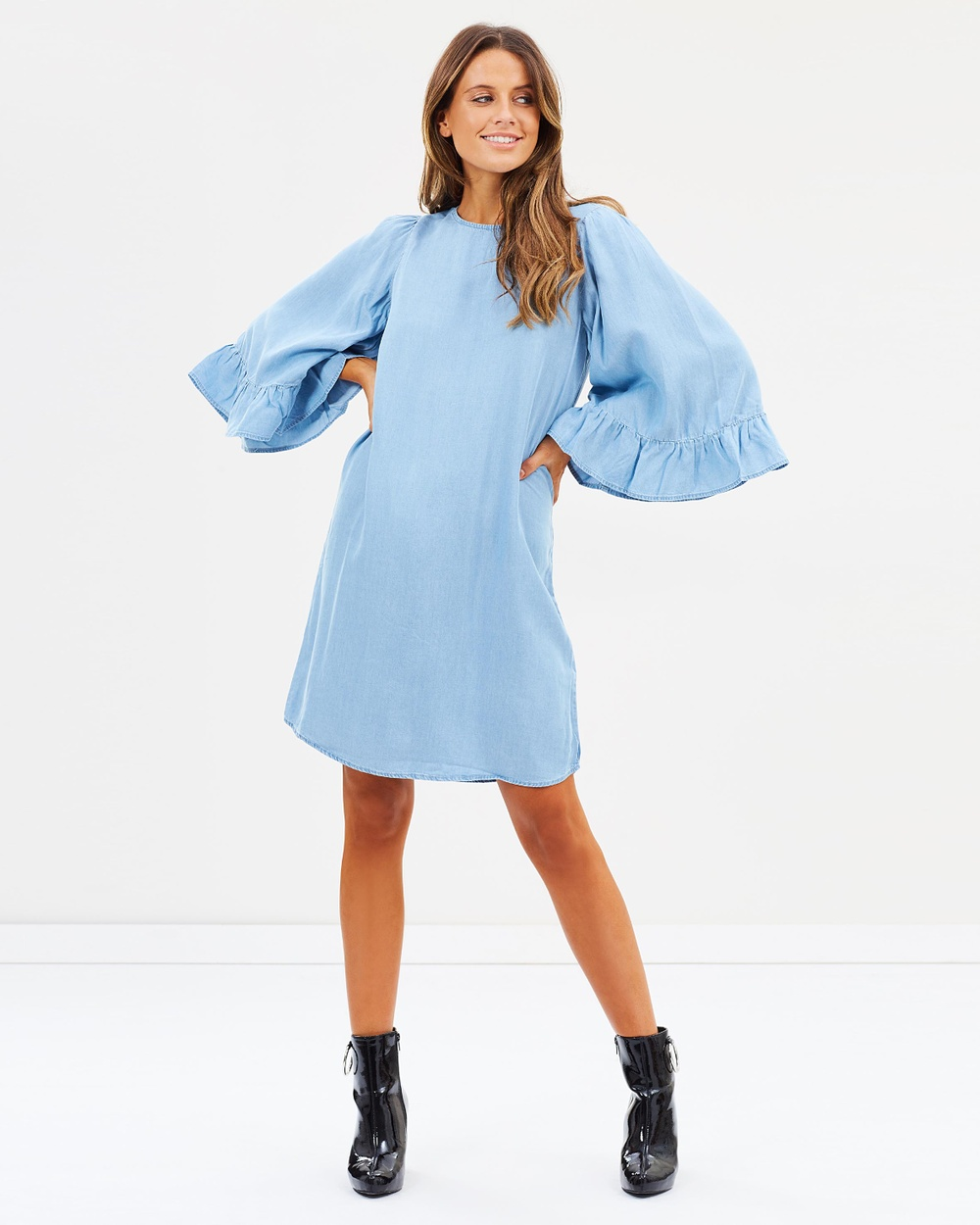 ONLY Haley Big Sleeve Frill Denim Dress Dresses Light Blue Denim Haley Big Sleeve Frill Denim Dress