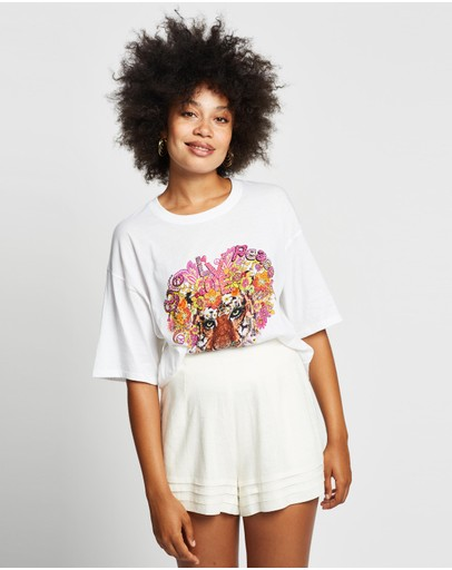 Camilla - Oversized Band Tee
