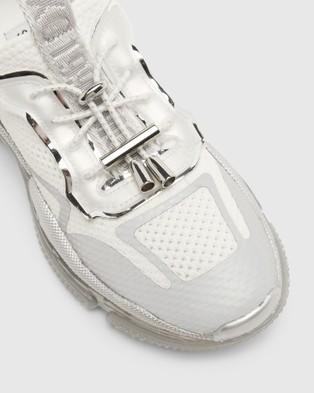 Steve Madden Metrix - Slip-On Sneakers (White)