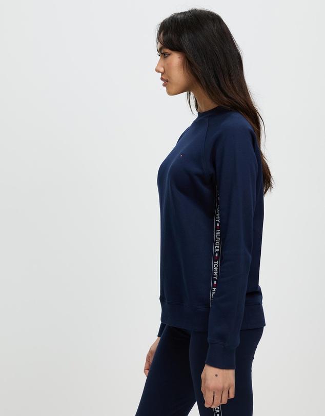 Women Athletic Nostalgia Sweatshirt