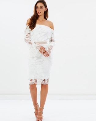 Atmos & Here – Blossom Lace Off the Shoulder Dress – Dresses (White)