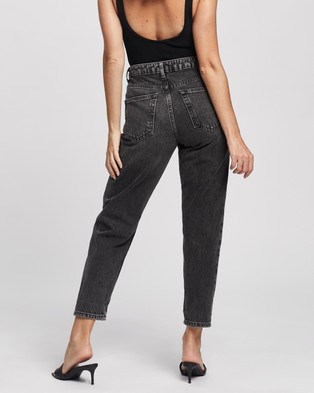 TOPSHOP Petite Petite Washed Mom Jeans - High-Waisted (Washed Black)
