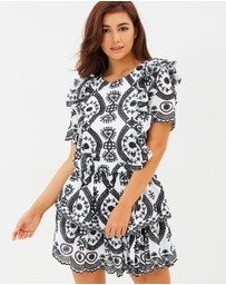 Ministry of Style - Luna 1/2 Sleeve Mini Dress