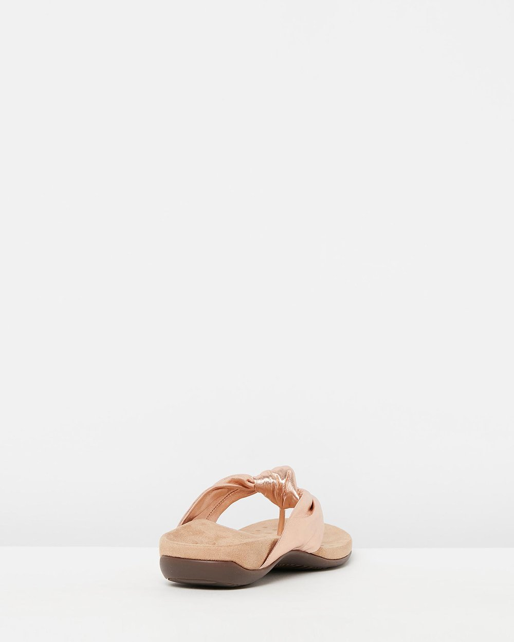 4e529370ca48 Pippa Toe Post Sandals by Vionic Online