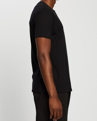 Gramicci One Point Tee - T-Shirts & Singlets (Black)