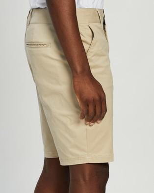 Oakley Icon Chino Golf Shorts Safari