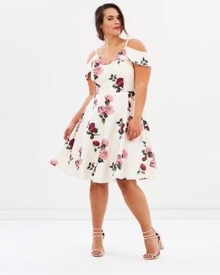 Chi Chi Curve – Mariana Dress Cream