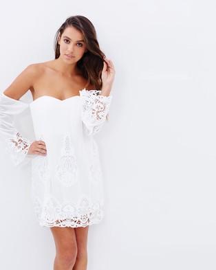 Lumier – Secret Garden Off Shoulder Shift Dress – Dresses (White)