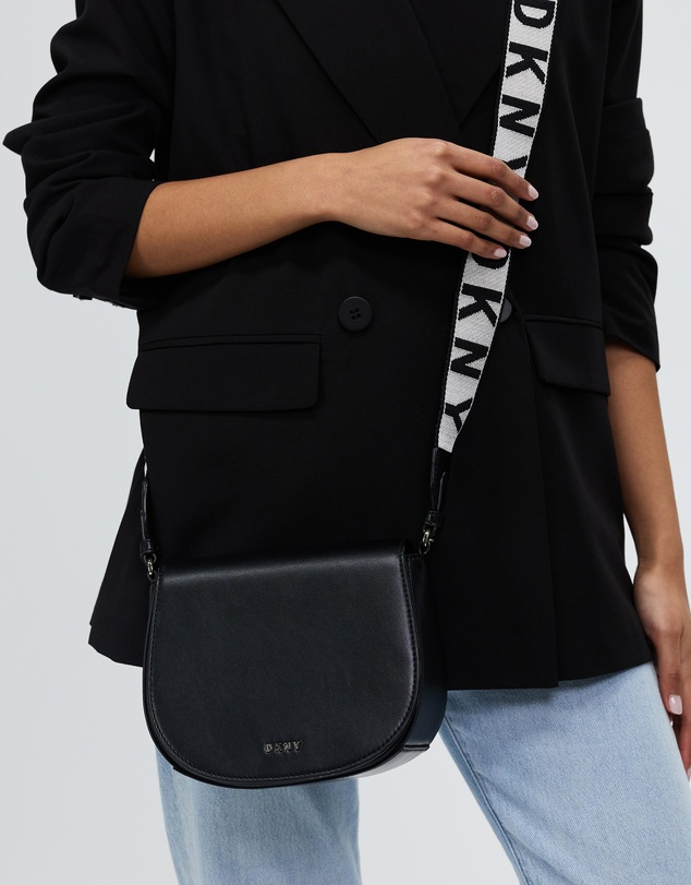 Women Winonna Saddle Bag