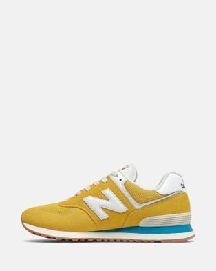 New Balance 574 Standard Fit Men's Performance Shoes Varsity Gold