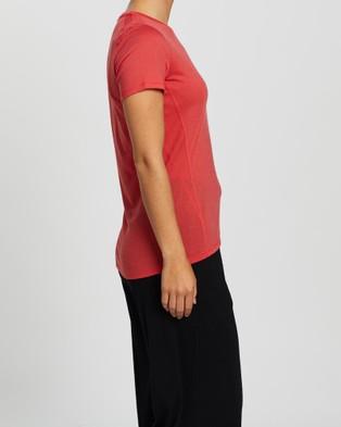 Icebreaker Amplify Short Sleeve Low Crew Tee - Short Sleeve T-Shirts (Fire)