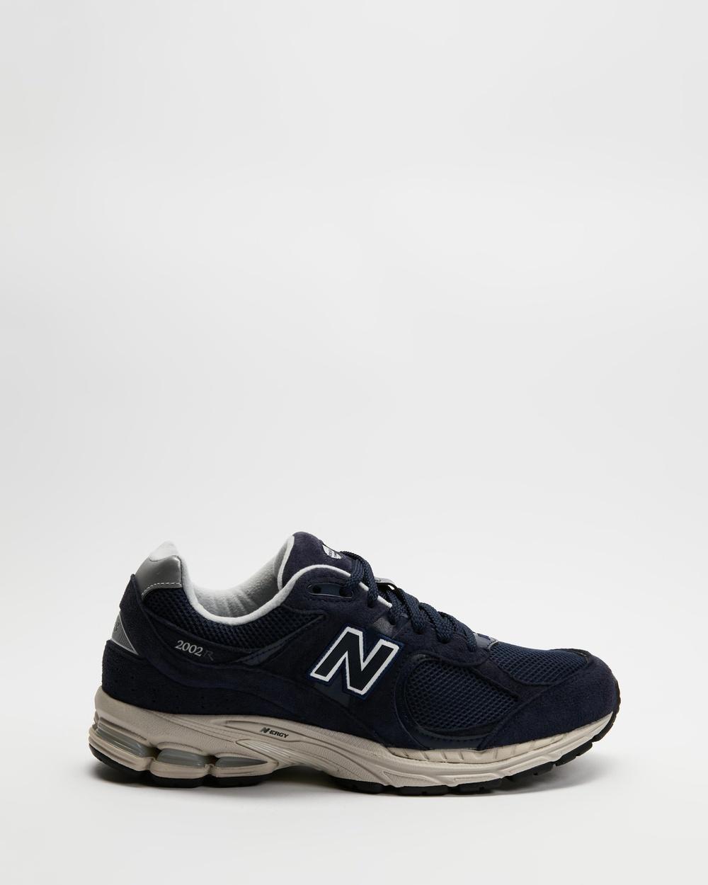 New Balance Classics ML2002RD Men's Lifestyle Sneakers Navy