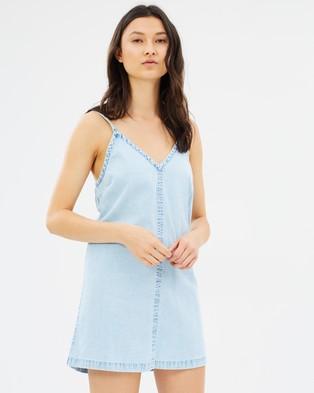 ABrand – A Santiago Slip Dress Del Rey
