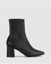 ZU - Britty Leather Sock Boots