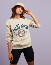 Missguided - Washed Oakland Graphic Oversized Sweater