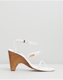 Jaggar The Label - Woven Wedges
