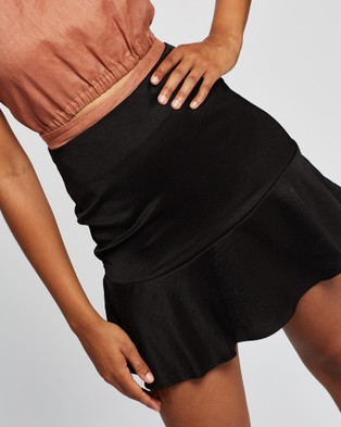 All About Eve Natalie Flippy Skirt Skirts BLACK