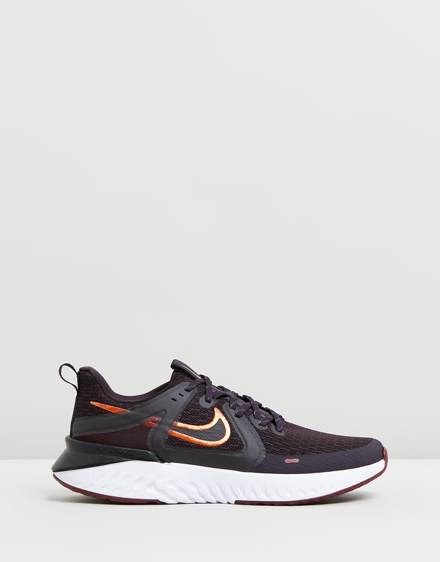 Nike - Legend React 2 - Women's