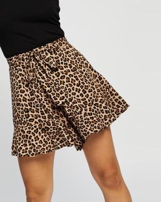 Atmos&Here Alexa Ruffle Shorts - Shorts (Animal)