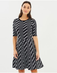 Oasis - Greenhouse Jacquard Fit-and-Flare Dress